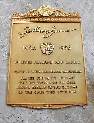 Isham Jones grave (SR) Forest Lawn Memorial Park (Glendale).jpg