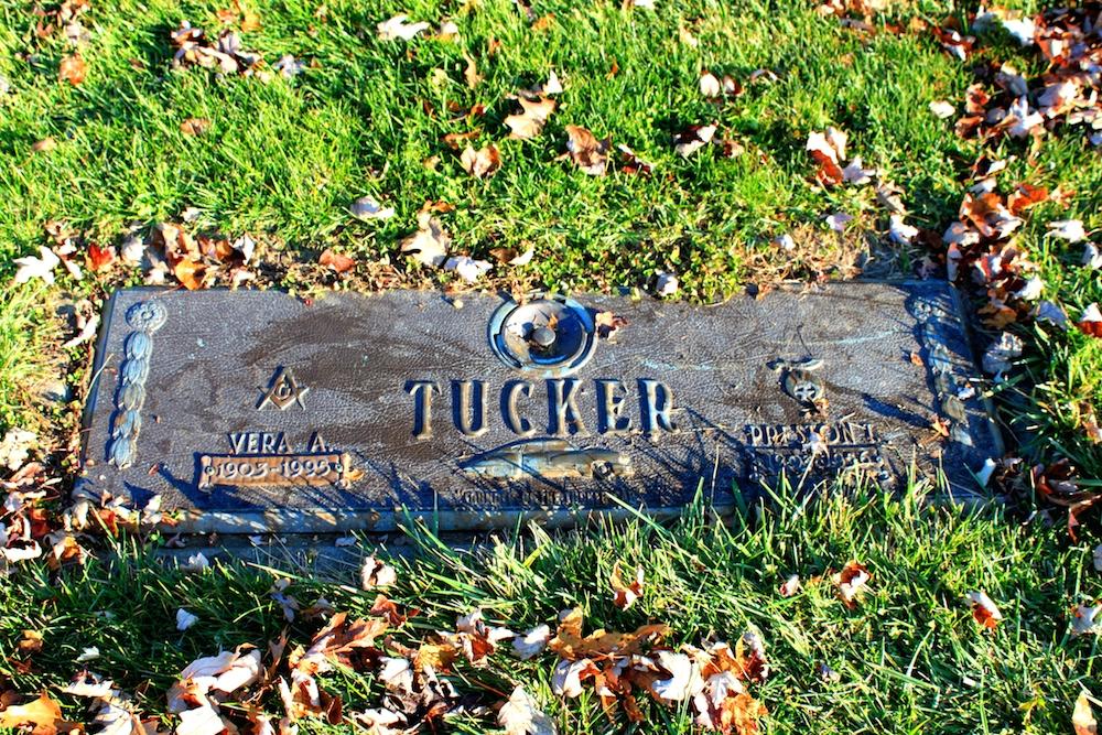 Preston_Tucker_Grave_Marker_Michigan_Memorial_Park_Flat_Rock_Michigan.JPG